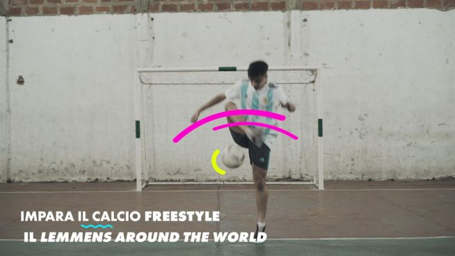 I trick del calcio freestyle: il lemmens around the world